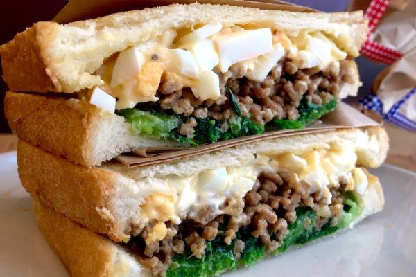 豚そぼろ、たまご、ナムルのサンドイッチ 自由が丘カフェ ココノヴァ