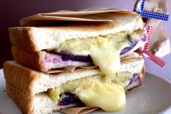 紫芋とスイートポテトのチーズメルトサンド ココノヴァ